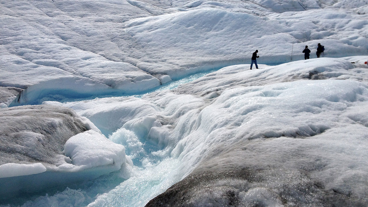 photo - melting glacier