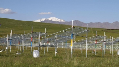 Test plots to study climate change effects on the Tibetan Plateau