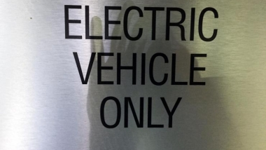 Electric vehicles sign