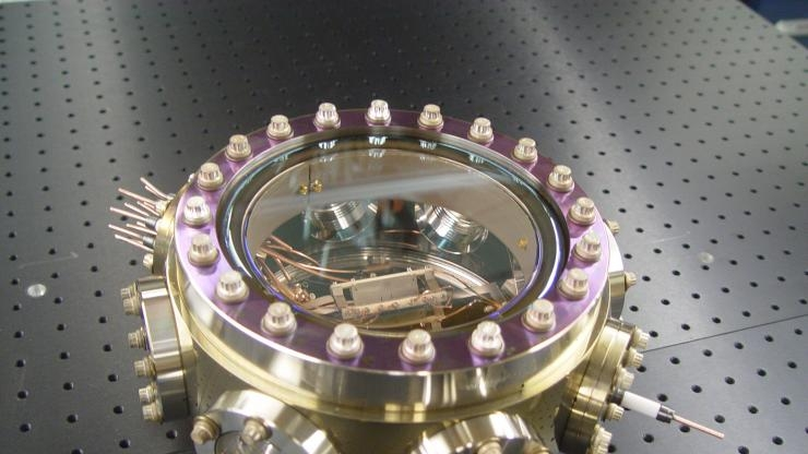 Nuclear Clock - Containing Thorium Atoms