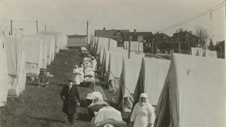 1918-19 Spanish flu pandemic tent clinic