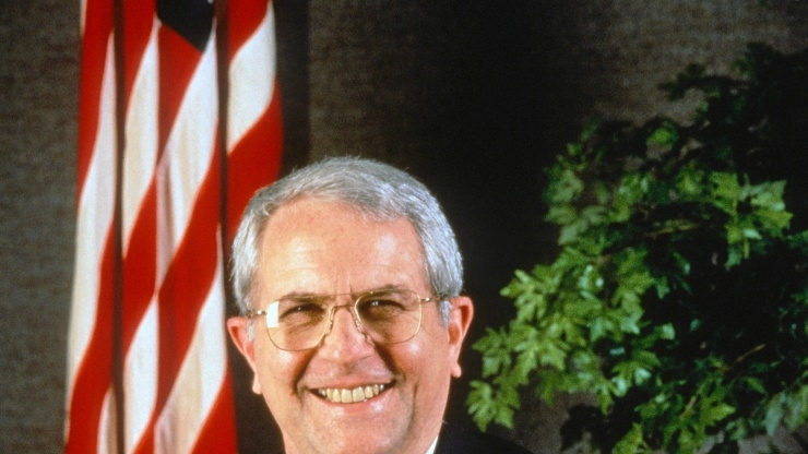 research horizons - gtri past - Former NASA Administrator Richard Truly