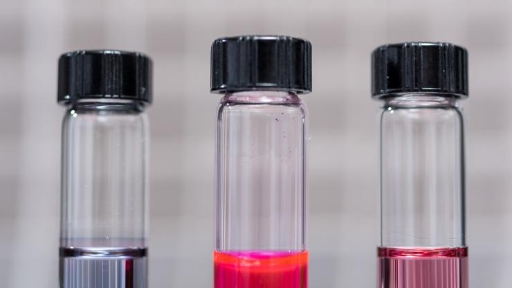 Hairy nanoparticles