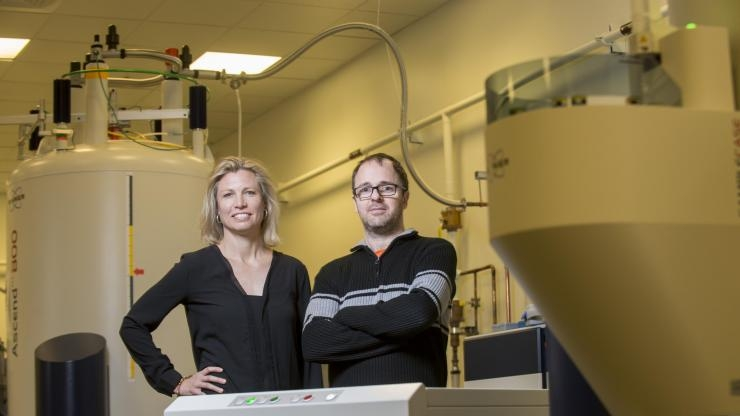 Julia Kubanek NMR with Serge Lavoie