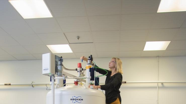 Julia Kubanek NMR