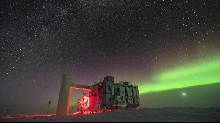 IceCube Observatory at night