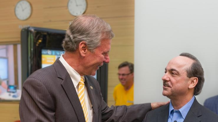 Research Horizons - Tech Square - Bud Peterson Congratulates CEO of AT&T
