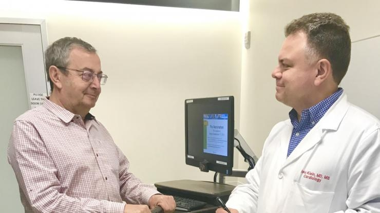 Experimental scale for heart failure monitoring
